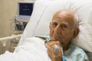 риск пневмонии выше у пожилых